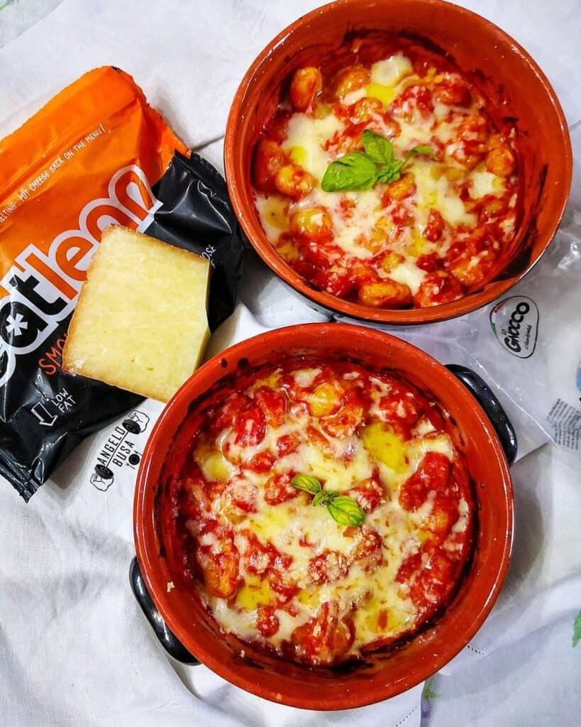 Gnocchi alla sorrentina con formaggio Eatlean filante